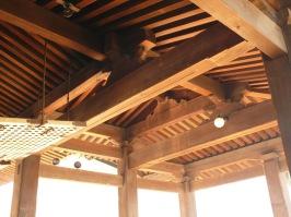 Detail kayu untuk atap